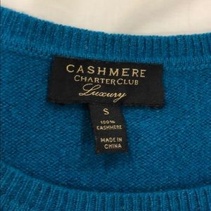 Teal Charter Club 100% cashmere sweater.